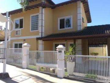 Casa em Condomínio para Locação